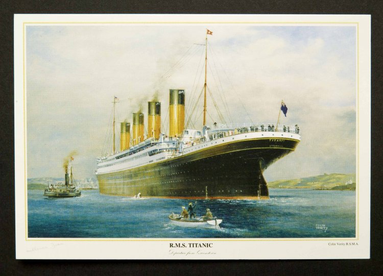 R.M.S. Titanic Postcard/Colin Verity