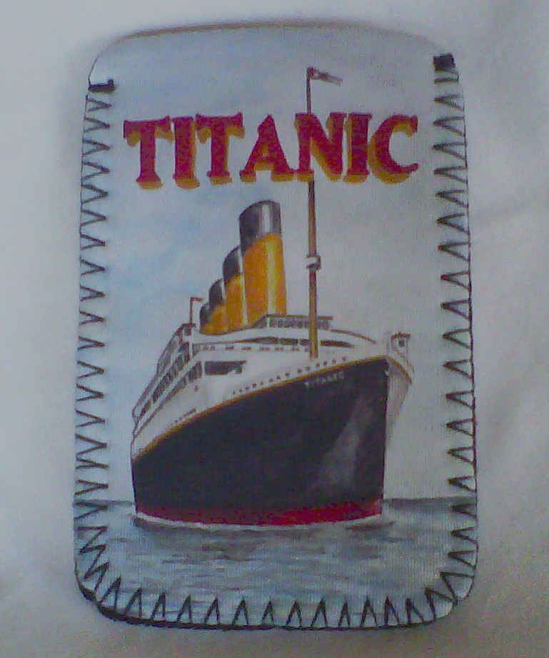 Titanic Mobile Phone/MP3 Sock