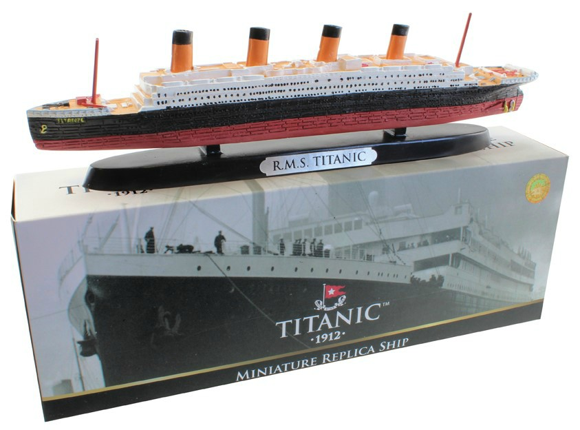 RMS Titanic Resin Model Cruise Ship